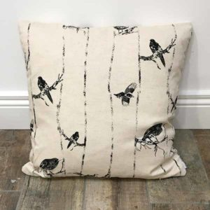 birds on the branch cushion
